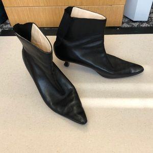 Manolo Blahnik Black booties size 37.5
